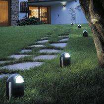 Garden bollard light / contemporary / cast aluminum / fluorescent