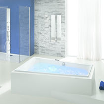 Hydromassage system / for bathtubs