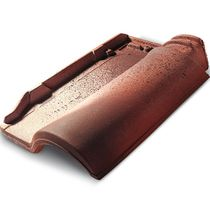 Roman roof tile / clay