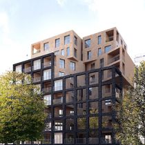 Prefab building / commercial / residential / solid wood