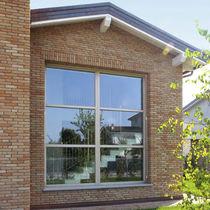 Fixed window / wooden / triple-glazed / thermal break