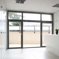Swing French door / aluminum / with integrated Venetian blinds
