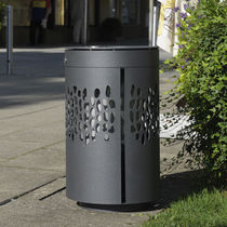Public trash can / stainless steel / contemporary / with built-in ashtray