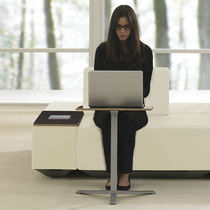 Laptop table / contemporary / wooden / round