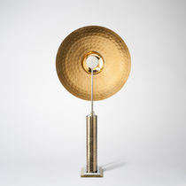 Table lamp / original design / bronze / halogen