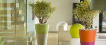 Resin garden pot / conical