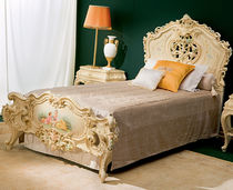 Single bed / classic / with headboard / wooden