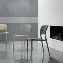 Contemporary chair / polypropylene