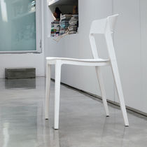 Contemporary chair / polypropylene