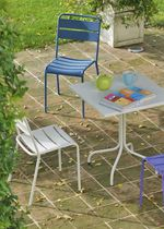 Traditional chair / metal / garden / stackable