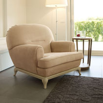 Traditional armchair / wooden / fabric