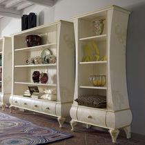 Classic bookcase / lacquered wood