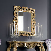 Wall-mounted mirror / classic / rectangular / wooden