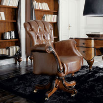 Classic office armchair / wooden / leather / on casters