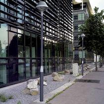 Urban lamp post / contemporary / aluminum / cast aluminum