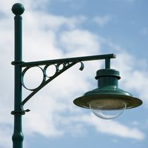 Urban lamppost / traditional / aluminum / LED
