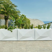 Polyethylene planter / rectangular / contemporary