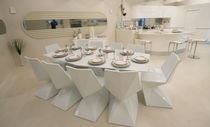 Contemporary dining table / glass / polyethylene / HPL