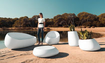 Original design coffee table / polyethylene / round / garden