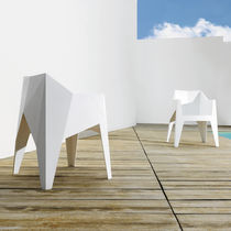 Original design chair / stackable / polycarbonate / polypropylene