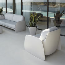 Organic design armchair / 100% recyclable / polyethylene / garden