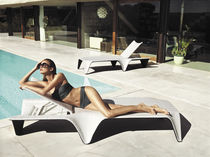 Original design sun lounger / polyethylene / garden / adjustable backrest