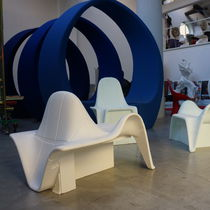 Original design armchair / 100% recyclable / polyethylene / garden