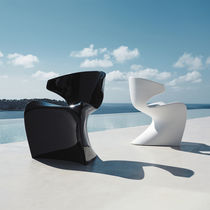 Original design chair / polyethylene / 100% recyclable / garden