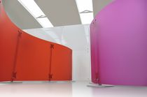 Contemporary screen / polycarbonate / commercial
