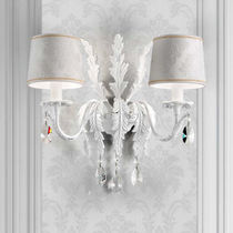 Classic wall light / fabric / incandescent