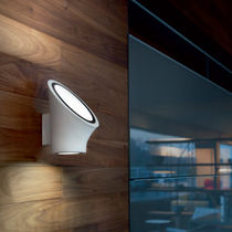 Contemporary wall light / round / methacrylate / LED