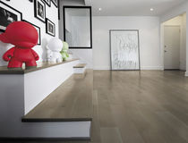 Engineered parquet flooring / floating / oak / matte