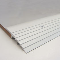 Aluminum transition profile / for tiles
