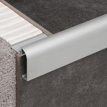 Aluminum edge trim / facade