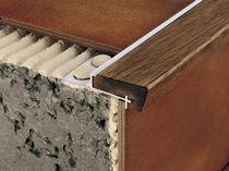 Wooden stair nosing / aluminum