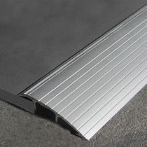 Aluminum transition profile / for tiles