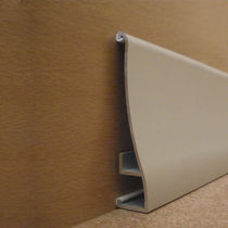 Stainless steel baseboard / acoustic