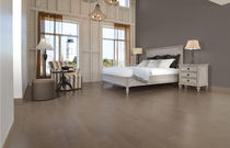 Solid wood flooring / engineered / nailed / glued