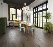 Engineered wood flooring / solid / glued / nailed