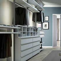 Wall-mounted walk-in wardrobe / contemporary / lacquered wood