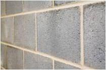 Hollow concrete block / for walls