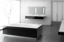 Free-standing bathtub / Solid Surface / hydromassage / chromotherapy