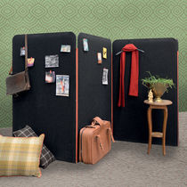 Contemporary screen / fabric / for offices / portable