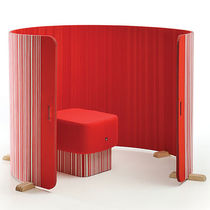 Contemporary screen / felt / for offices / adjustable