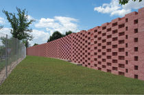 Solid concrete block / for retaining walls