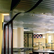 Metal suspended ceiling / panel