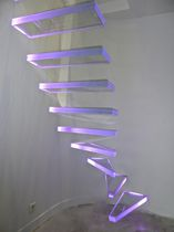 Quarter-turn staircase / glass steps / without risers / contemporary