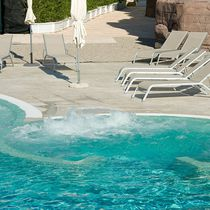 In-ground swimming pool / concrete / for hotels / outdoor