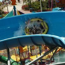 Curved slide / for aquatic parks / rafting