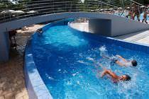 Aquatic park lazy river